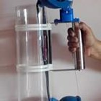 Vertical water sampler