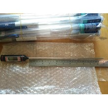 Digital Thermometer TP101 with probe length 28.8 cm