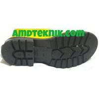 Beli Sepatu Safety Boots Karet Ujung Besi 4