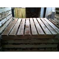 Distributor Pallet Kayu Local 3