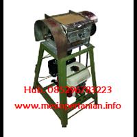 Jual Mesin parut kelapa Kapasitas :± 1000 butir -  Mesin Pengolah Kelapa