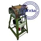 Mesin parut kelapa Kapasitas :± 600 butir /jam  2