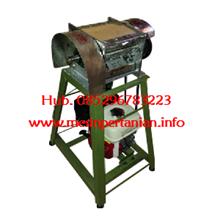 Mesin parut kelapa Kapasitas :± 1000 butir /jam