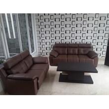 Sofa kulit Luddo