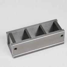 50 mm three gang cube mould