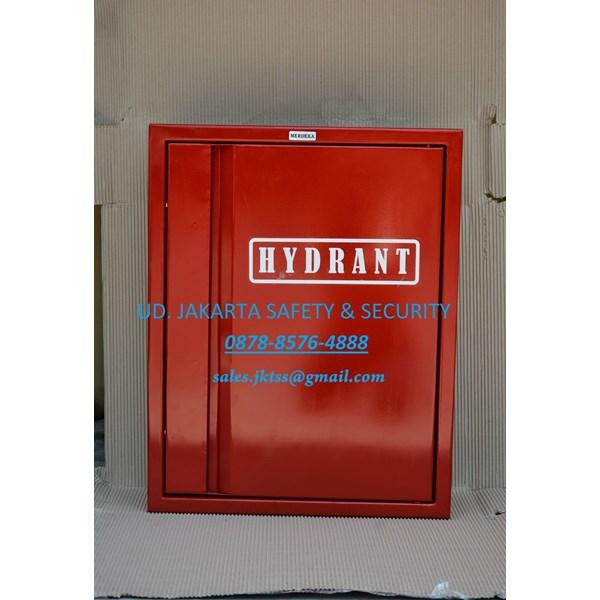 BOX HYDRANT PERALATAN PERLENGKAPAN FIRE HYDRANT BOX TYPE A1 LENGKAP