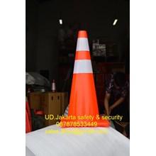 TRAFFIC CONE SAFETY KEAMANAN JALAN KENDARAAN PVC HIGH QUALITY REFLECTIVE RED BASE DIAMETER 28 INCH