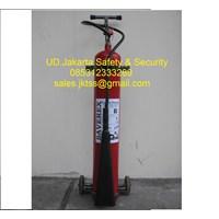 fire exthinguisher pemadam api beroda media gas CO2 10 kg trolley harga murah  1