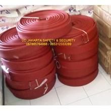 DISTRIBUTOR AGEN FIRE HOSE RUBBER KARET RED NBR SYNTEX SELANG AIR PEMADAM KEBAKARAN API 2-5X30 METER 16 BAR CHINA+KOPLING STORZ HARGA MURAH JAKARTA