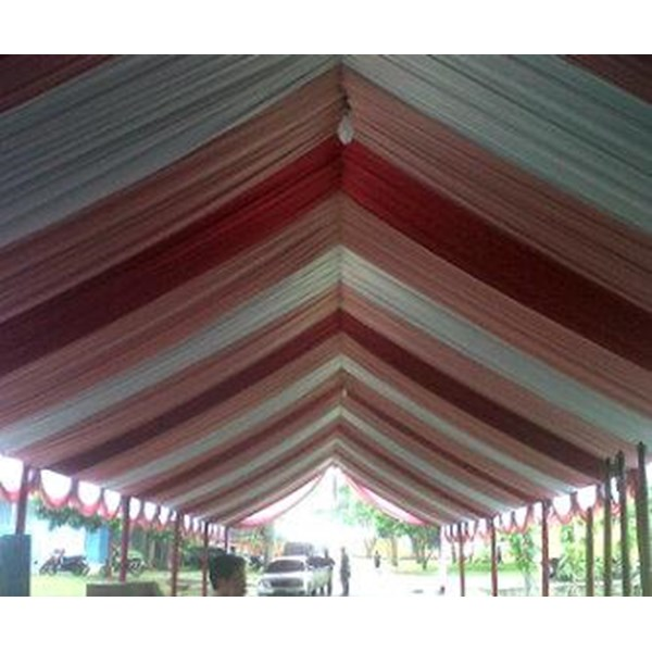 tenda pesta model plafon sisir