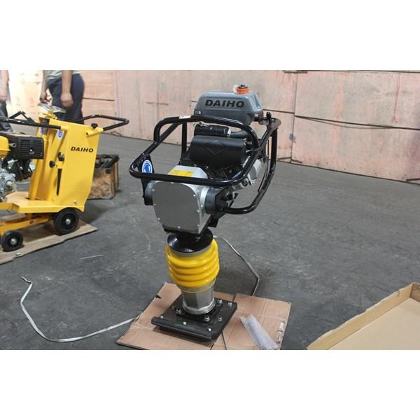 RM-80 ground compacting machine