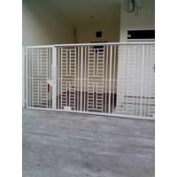 Minimalist Garage Door