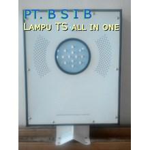 Lampu PJU All In One Solar Cell