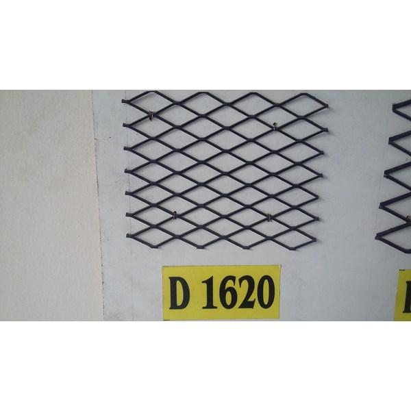 Plat Perforated Metal Plat Berlubang