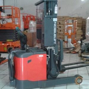 Hand Stacker Full Elektrik NOBLIFT Type PS 1345 RM 1.3 Ton 4.5 Meter