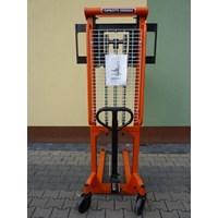 Distributor Hand Stacker Manual Kapasitas 1 Ton Tinggi 2.5 Meter dan 3 Meter 3