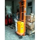 Hand Stacker Semi Electric DALTON Kapasitas 1 sampai 2 Ton Tinggi Angkat 2 Meter sampai 3.5 Meter 4
