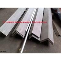 Distributor Besi Siku 60 x 60 x 6 mm x 6 mtr 3
