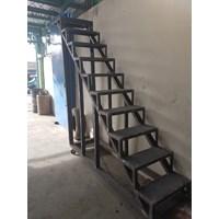 Stair Feeder