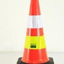 Harga  Traffic Cone Karet Black Base 75cm LP 0166