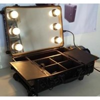 Sell The price of Beauty Case Trolley with WB-418T Lights 2