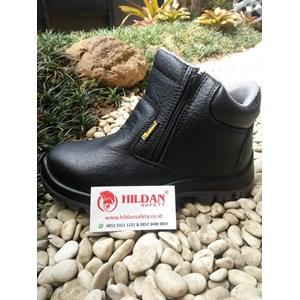 Dari Sepatu Safety SAFETOE VULPECULA M-8160 2