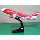 Harga Miniatur Pesawat Terbang Air Asia 1