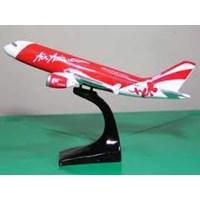 Jual Harga Miniatur Pesawat Terbang Air Asia