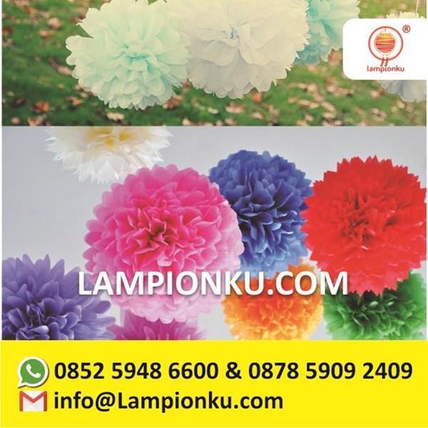 Unique Paper Pom Poms