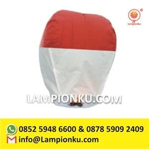 Lampion Terbang Merah Putih