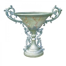 Vas Bunga Piala Ukir Bahan Fiber