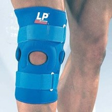 Deker Knee Support with Vertical Buttress LP Support LP 720