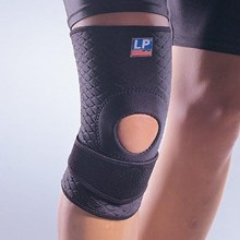 Deker Lutut Cedera LP SUPPORT EXTREME KNEE SILICON PAD LP 719CA