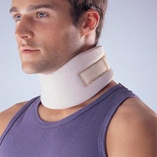 Penyangga Leher SUPPORT CERVICAL COLLAR SOFT LP 906