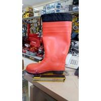 Sepatu Safety PVC Boots Orange Merk KRISBOW  1