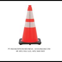 Traffic Cone Ukuran 90 cm - Base Hitam Pembatas Jalan