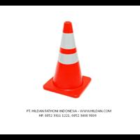 Alat Pembatas Jalan Traffic Cone UK.90 cm Base Orange