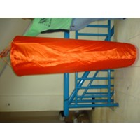 Jual Winsock Ukuran 50 x 150 x 30 cm Penunjuk Arah Angin Orange 2