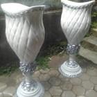 PRODUSEN Vas Bunga Fiber/Pot Fiber Dekorasi Pelaminan di MALANG Harga Murah 1