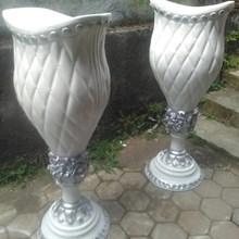 PRODUSEN Vas Bunga Fiber/Pot Fiber Dekorasi Pelaminan di MALANG Harga Murah