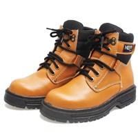 Sepatu Kulit Asli Safety -BSM 309 dengan Logam Pengaman Coklat Muda