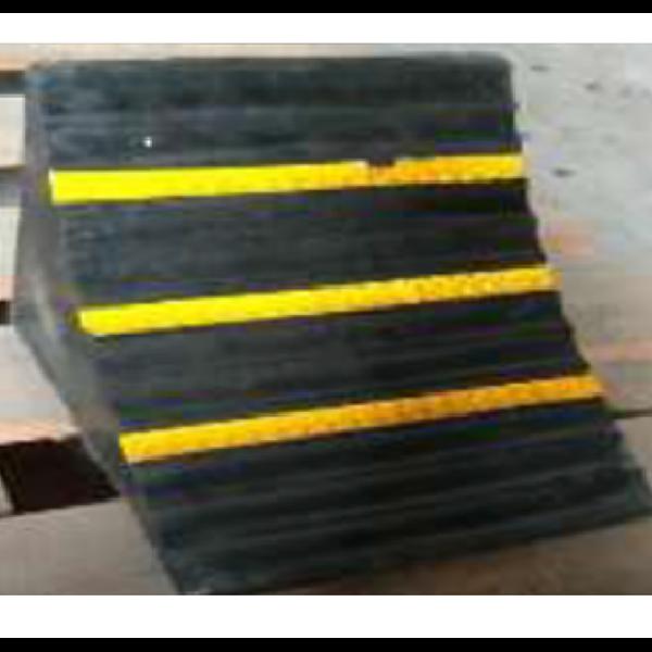 Rubber Wheel Chock - Karet Ganjal Ban Type BK 111