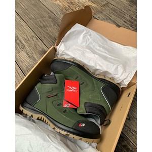Dari Sepatu Safety Merk Cheetah JUBATUS - Forest Type 6112G 1