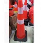 Traffic Cone Kerucut Pembatas Jalan 90 cm LOKAL Bahan Rubber 1