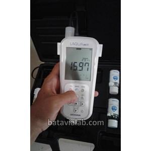 Conductivity Meter Portable EC110K Horiba