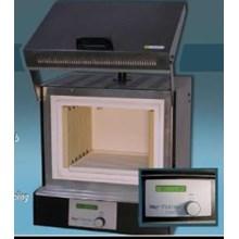Furnace D550 NeyAlat Laboratorium Umum