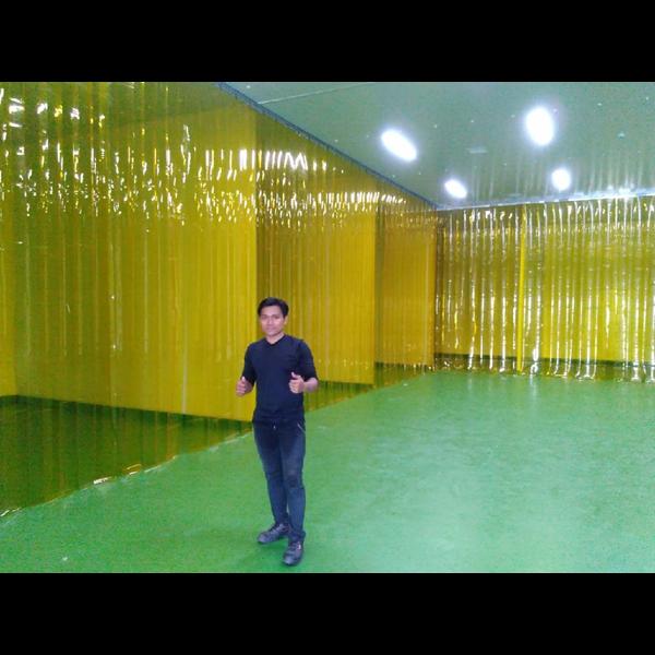 Tirai PVC Curtain Yellow - pvc curtain murah