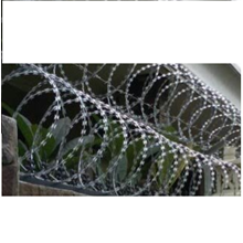 Specialist Installation of Wire Fence Duri & Razor Wire 3