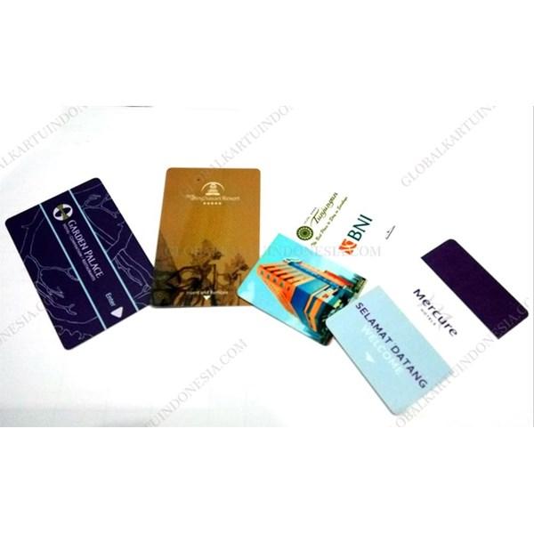 Key ving card magnetic