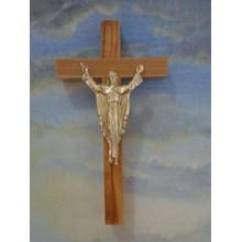 Salib Dinding Kayu Corpus Yesus Jubah Emas 17cm (MCR 1636G)